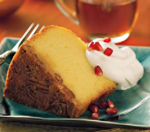 Apple Rum Cake :: Alpine® Original Spiced Apple Cider Mix